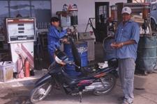 Kriate - stacja benzynowa